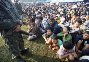 Profughi birmani a Mae Sot al confine tra Thailandia e Birmania