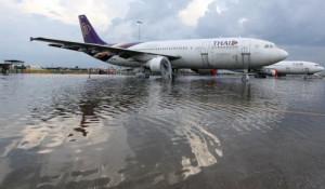 Inondazioni ottobre 2011 Thailandia: Aeroporto -Bangkok- Don- Mueang
