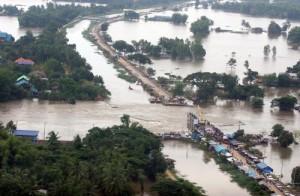 piogge thailandia ottobre 2011