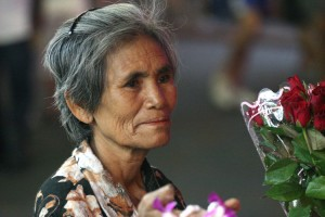 Anziana signora thai