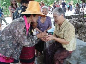 La festa dell'acqua in Thailandia molti anni fa